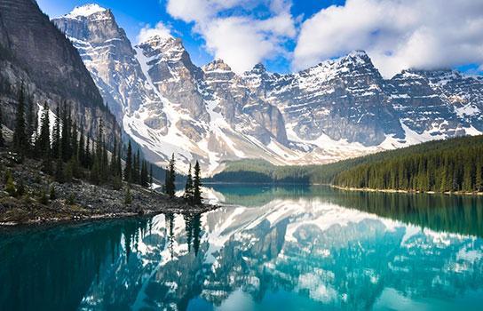 Rocky Mountaineer beautiful Canadian mountains