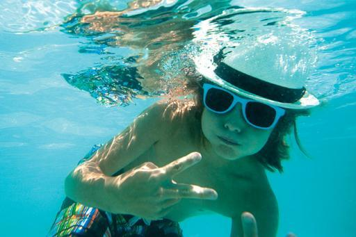 Hard Rock Hotel, Kid in the pool.